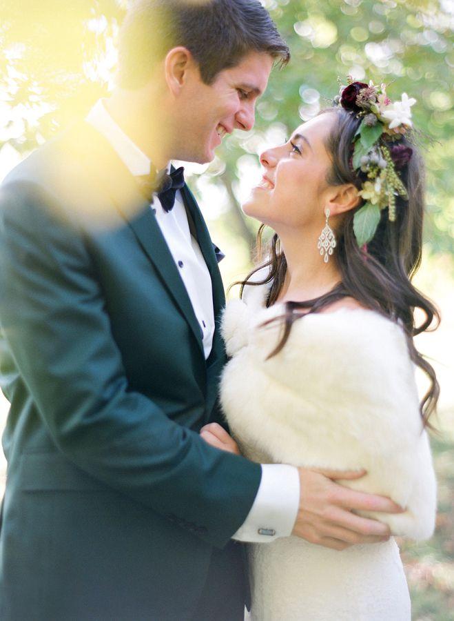 gros plan maries mariage en automne