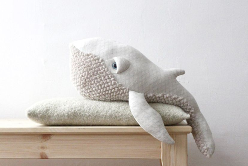 big stuffed peluche