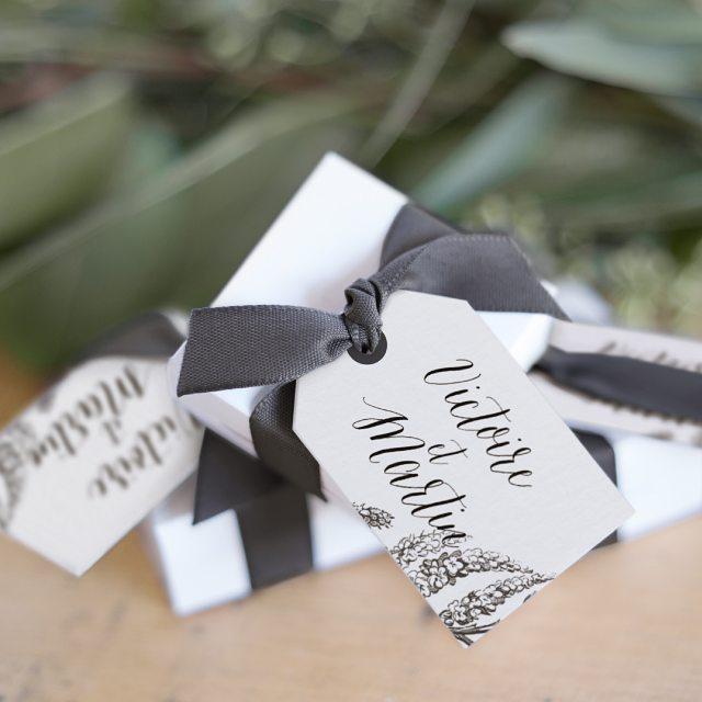RDV sur le blog pour tenter de remporter votre papeterie de mariage ! 10 Packs Mariage sont en jeu ce matin : à vous de jouer ! http://bit.ly/2iH9WPn . . . #concours #jeuconcours #fairepartcreatif #mariage #fairepartmariage #mariage2017 #wedding #contest #papeterie #blog #papier #saintjames #stationery #weddingstationery #fiancailles #engagement #fairepartoriginal #faireparttendance #createurdefairepart #creationdefairepart #paperisnotdead #madeinfrance #lefairepartquienvoie #couple #love #amour
