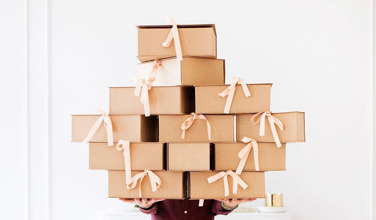 10 cadeaux de naissance originaux cotton bird le blog. Black Bedroom Furniture Sets. Home Design Ideas